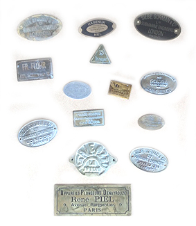 Recherche plaques constructeurs.